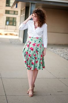 Floral midi skirt outfit