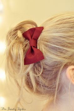 Bun Tutorial Learn how to make a simple mess bun with this video tutorial, great for the holidays!Great Great may refer to: Lazy Hairstyles, Holiday Hairstyles, Wedding Hairstyles, Locks, Luscious Hair, Different Hairstyles, Love Hair, Hair Dos, Hair Hacks