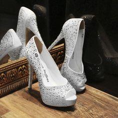 a3ba9ae766 Carmen Steffens USA. Sapatos De CasamentoSapatos ...