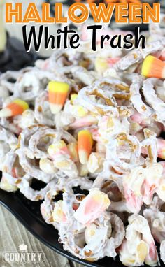 Halloween White Trash mix is a no-bake salty and sweet dessert. A mixture of peanuts, pretzels, candy corn and white chocolate vanilla melts. Chex Mix Recipes, Candy Recipes, Fall Recipes, Holiday Recipes, Dessert Recipes, Holiday Treats, Holiday Desserts, Fall Treats, Holiday Foods