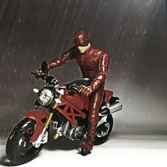 Ducati & Daredevil #toy #daredevil #ducati #toyphotography #figure #mainan #ducati #ducatimonster