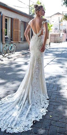 Unique And Hot Sexy Wedding Dresses ❤ See more: http://www.weddingforward.com/sexy-wedding-dresses-ideas/ #weddings