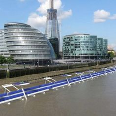 Take a ride on a floating cycle path on the River Thames. The Thames Deckway floating cycle path would cover miles, starting at Battersea and ending at Canary Wharf. U Bahn, Bike Path, New London, London Life, River Thames, Green Building, Sustainable Design, Design Firms, Pathways