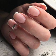 Самые лучшие идеи дизайна ногтей только у нас @nails_pages - подписывайтесь✅ @vine_pages - самые крутые вайны подписывайтесь 😘 #гельлак #шеллак #модныеногти #маникюр #мода #френч #ногти #педикюр #nailswag #nailmaster #nailsart #polish #nailpolish #followme #manicure #instanails #cutenails #fashionblogger #naillove #nailartist #lovenails #nails #instanails #nailvideo #nailsvideos #гель #ногтидизайн #ногтилук #маникюрчик #красивыеногти