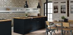 Wren Living with Linda Barker : Shaker Kitchen in Winter White and Baltic Matt