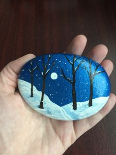 #Winter #Snowing #Snow #Trees #Holiday #Christmas #Moon #KindnessRocks #RockPainting #PaintedRock #KellyRocks Pebble Painting, Pebble Art, Stone Painting, Stone Crafts, Rock Crafts, Silhouette Painting, Christmas Rock, Rock And Pebbles, Stone Pictures