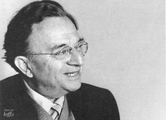 """Erich Fromm - loff.it. Citas, frases célebres, biografía, efemérides.    """"The full humanization of man requires the breakthrough from the possession-centered to the activity-centered orientation, from selfishness and egotism to solidarity and altruism."""""""