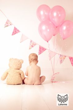 First birthday photo shoot Laferme.co.uk Kent photographer follow me on…