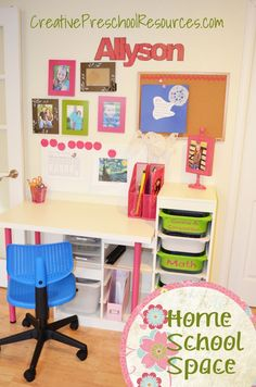 Love this homeschool or desk area for the middle elementary crew and up ages! Great organization and tips to keep it neat. Via Creative Preschool Resources