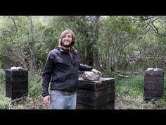 http://brescagrup.blogspot.com.es/ Carbonizar la madera de nuestras colmenas sirve como aislante del agua y de los agentes que la erosionan. De este modo pod...