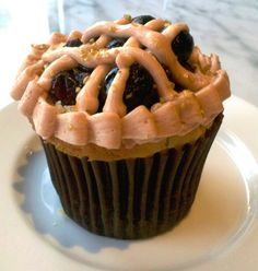 blueberry pie #cupcake from buzz bakery :) dc-arlington-food-for-thought
