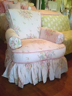have a seat<3 -THIS is the type of chair I just dream of having!! It's perfect!!