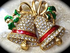 Christmas bell brooch by JNPVintageJewelry on Etsy, $10.00