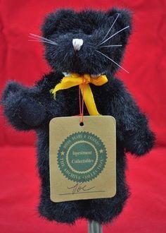 Vintage 2005 Retired Genuine Boyd/'s Bear Masked Jointed Black Cat in Treat Bag