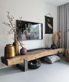 cool TV furniture from railway sleepers room inspiration Inspirational TV furniture diy ● self .-tof tv-meubel van spoorbielzen Stoer tv meubel diy ● zelf… great TV furniture made of railway sleepers # living room inspiration… - Interior Design Living Room Warm, Living Room Designs, Living Room Tv, Home And Living, Tv On Wall Ideas Living Room, Ethnic Living Room, Asian Living Rooms, Modern Living, Tv Wall Design