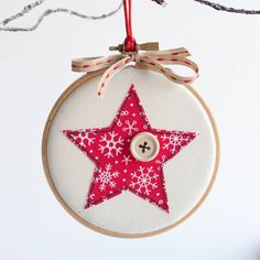 Rachel George,Embroidery Hoop Christmas Bauble Sewing Kit What's embroidery ? Generally, embroidery is a special means of textile running, in which service resource. Freehand Machine Embroidery, Embroidery Hoop Crafts, Christmas Embroidery Patterns, Embroidery Flowers Pattern, Paper Embroidery, Doily Patterns, Embroidery Dress, Dress Patterns, Christmas Sewing