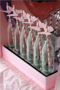 can make butterfly toppers for pink straws