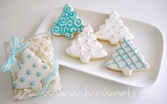 These sparkling cookies can be offered as elegant party favors during the Holiday season or Winter wedding.