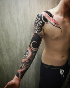 """TORG on Instagram: """"🌑First sleeve done Snake and background is freehand Thanks thanks thanks Quentin !!🌑 . . . . #japanesestyle #japantattoo #sleevetattoo…"""" Japan Tattoo, Sleeve Tattoos, Snake, Thankful, Photo And Video, Instagram, Tattoo Japanese, Tattoo Sleeves, Snakes"""