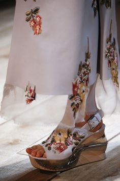 """Alexander McQueen's Spring 2016 designs are absolutely exquisite -- but with a fun side. Notice fabric patterns """"dripping"""" to the shoes!"""