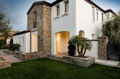 Take A Look At Kylie Jenner's Stunning Calabasas Home  - ELLEDecor.com