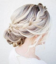 10 Wedding Updos That Are Actually Cool via @ByrdieBeauty