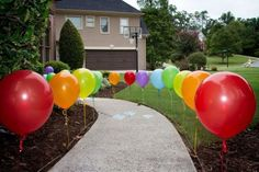 60 Outdoor Easter Decorations ideas which are colorful and egg-stra special - Hike n Dip : Easter Outdoor Decorations My Little Pony Birthday Party, Rainbow Birthday Party, Carnival Birthday, Unicorn Birthday Parties, Birthday Party Decorations, Diy Birthday Yard Signs, 5th Birthday, Candy Land Birthday Party Ideas, Barney Birthday Party