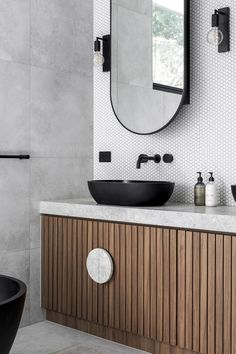 Essendon House Project / Projects / Polytec Project Projects, Home Projects, Modern Bathroom Design, Double Vanity, Mirror, House, Furniture, Home Decor, Decoration Home