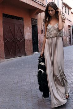 Simple But Gorgeous Summer Look Party Fashion, Boho Fashion, Fashion Outfits, Street Fashion, The Dress, Dress Skirt, Pretty Dresses, Beautiful Dresses, Look Formal