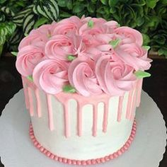 Cake Icing, Buttercream Cake, Eat Cake, Cupcake Cakes, Frosting, Cake Decorating Designs, Cake Decorating Techniques, Cake Designs, Gorgeous Cakes