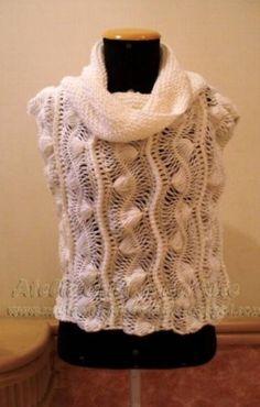 Colete em lã Sedificada, feito na técnica de crochet de grampo com ampla gola em tricot. Tamanho: M  Encomende na cor de sua preferência 10 dias úteis para confecção e entrega. R$ 112,00