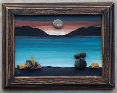 Pebble Art Rock Art Pebble Art Couple in a swing on the Art Floral, Art Couple, Couple Beach, Shadow Box, Reclaimed Vintage, Art Rupestre, Art Pierre, Pebble Art Family, Photos Originales