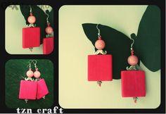 Handmade earrings made of wood and natural stones by Art-i-Shok / Tsvetelina Nikolova