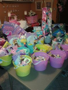 Easter Food, Easter Party, Easter Crafts, Easter Eggs, Christmas Hamper, Christmas Gifts, Best Gift Baskets, Princess Coloring Pages, Card Boxes