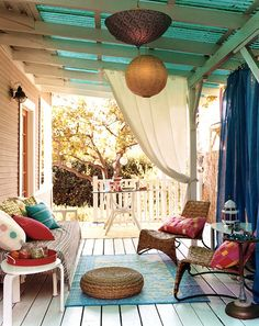 *bellaMUMMA {life is beauty-full}: home inspiration: THE COLOURFUL HOME