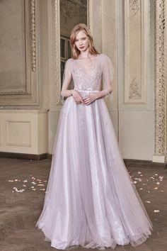 Kaia Wedding Gown #KaiaWeddingGown #OtiliaBrailoiuAtelier #weddingdress #AnUntoldPoem