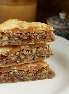 Easy step by step directions for Honey Walnut Baklava.