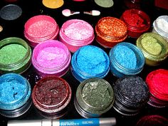 LOVE loose pigments from MAC!!