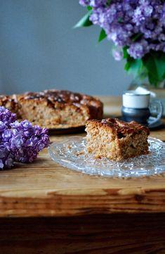 Apple cake - Μηλοκέικ Apple Cinnamon Cake, Apple Cake, Cinnamon Apples, Eat, Breakfast, Desserts, Food, Gastronomia, Morning Coffee
