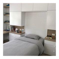 Modern Home Decor Bedroom Bedroom Bed Design, Ikea Bedroom, Bedroom Wardrobe, Bedroom Storage, Home Decor Bedroom, Modern Bedroom, Bedroom Built Ins, Bedroom Cupboards, Woman Bedroom