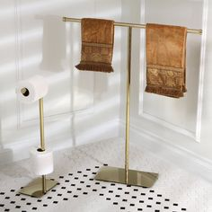 Shop for Modern Polished Brass Freestanding Bathroom Accessories. Get free delivery at Overstock - Your Online Home Improvement Shop! Get in rewards with Club O! Bath Towel Size, Bath Towels, Gold Bad, Free Standing Towel Rack, Towel Rack Bathroom, Bathroom Storage, Bath Sheets, Kingston Brass, Towel Holder