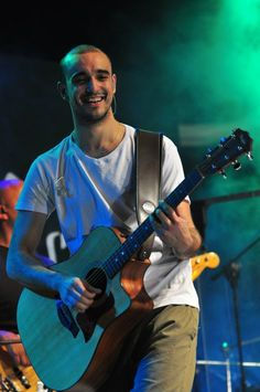 Kip rokin Beautiful Dream, Concert, Dreams, Guitar, Smile, Recital, Concerts