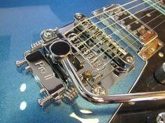 Guitar Pickups, Guitar Parts, Guitar Building, Beautiful Guitars, Guitar Design, Custom Guitars, Vintage Guitars, Cool Guitar, Banjo