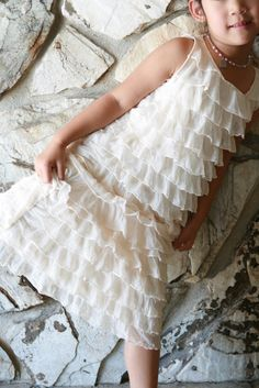 15 min little girls' ruffle dress - I found lots of ruffle fabric when I was working on Mia's costume. Looks way easy. Sewing Kids Clothes, Sewing For Kids, Baby Sewing, Ruffle Fabric, Ruffle Dress, Baby Dress, Ruffles, Little Girl Dresses, Girls Dresses
