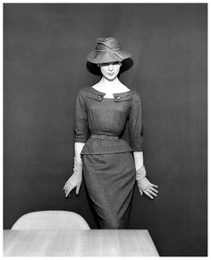 Ivy Nicholson in grey flannel two-piece dress and straw hat by Pierre Clarence, photo by Georges Dambier, Nouveau Femina, March 1954