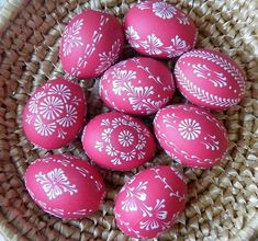 Crafts for sale Rock Crafts, Diy And Crafts, Arts And Crafts, Easter Egg Pattern, Easter Egg Designs, Ukrainian Easter Eggs, Painted Rocks Kids, Coloring Easter Eggs, Egg Art