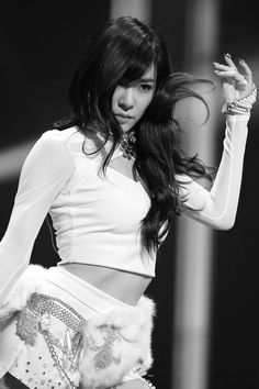 Tiffany Hwang Miyoung of Girls' Generation #SNSD performing at MBC Gayo Dejejeon (Music Festival) 2013