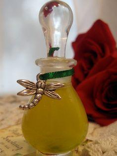 Natural Organic Perfume Blue Lemonade Lemon by EsscentualAlchemy, $150.00