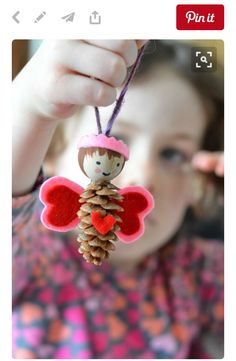 25 Pretty Pinecone Crafts for Preschoolers Diy Christmas Door Decorations, Valentines Day Decorations, Pinecone Crafts Kids, Pine Cone Crafts, Diy Crafts To Sell, Diy Crafts For Kids, Kids Diy, Nativity Ornaments, Christmas Ornaments
