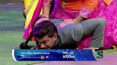 The Kapil Sharma Show Karan Singh Grover Doing Push ups on Kapil Sharma ...